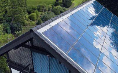 Logement : pourquoi mettre des panneaux photovoltaïques sur le toit de sa véranda ?